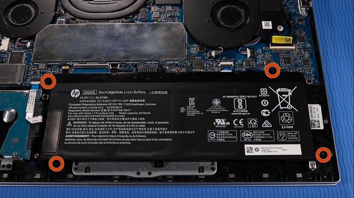 تعویض باتری اینترنال لپ تاپ HP